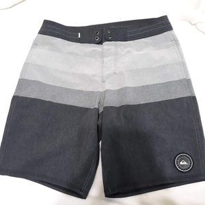 Quiksilver Vista Beach Short Board Sz 30 black